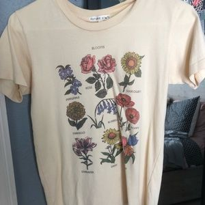 urban outfitters flower tee